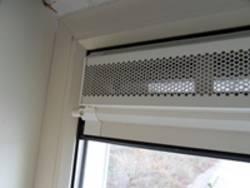 Ventilatierooster in raam