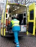 Ambulance en medewerker